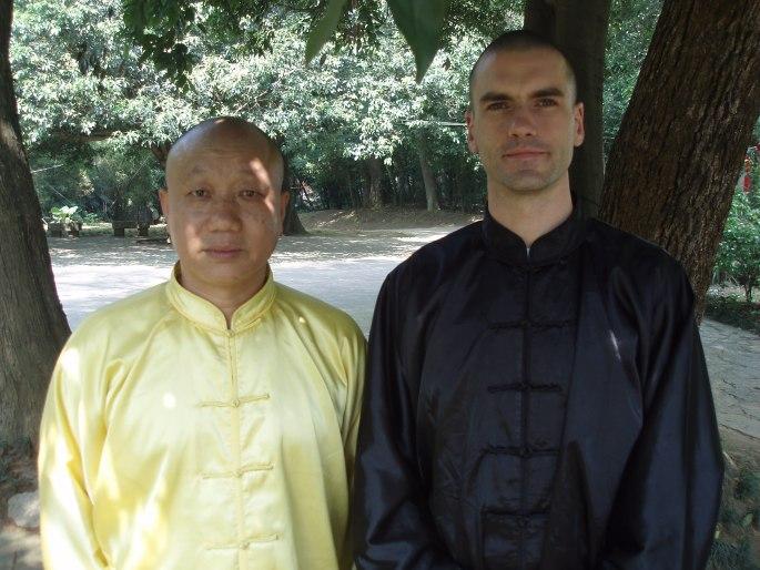 Maître Wang Zhi Ping et Colin Manoha à Yangshuo