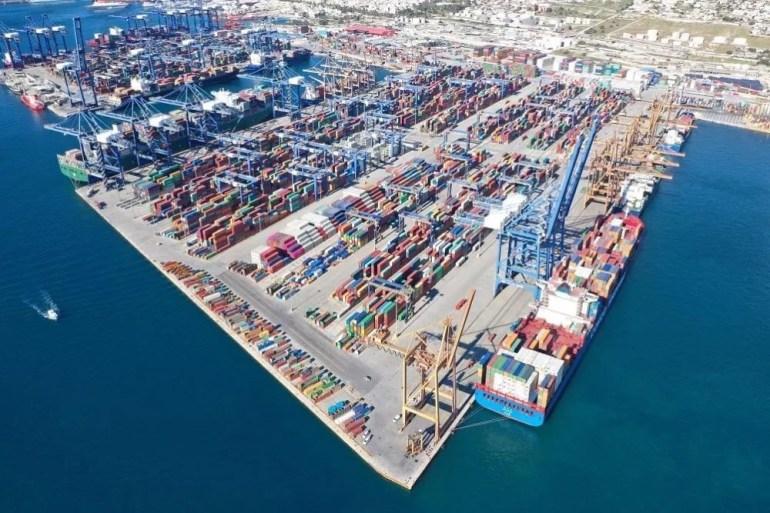 印度山地兵展示伙食:一桌子人就2盘面条1盘饼干,暴露后勤窘境