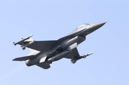 1997年香港回归之际,中英双方军事力量大交接