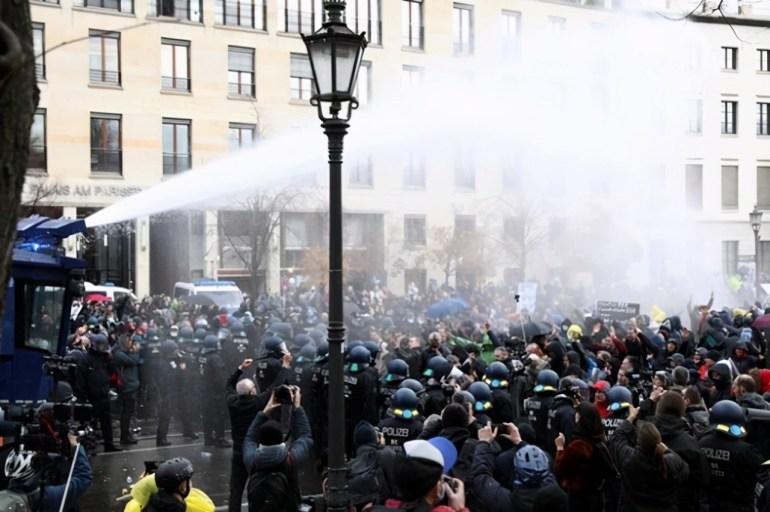 被俄軍掛載實彈驅趕,美漁民要求海警主持公道,不料回應卻是快跑