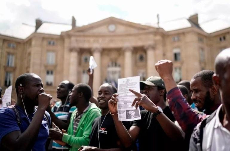 美航母编队绝不会让别国军舰如此接近?看看这些打脸照片吧
