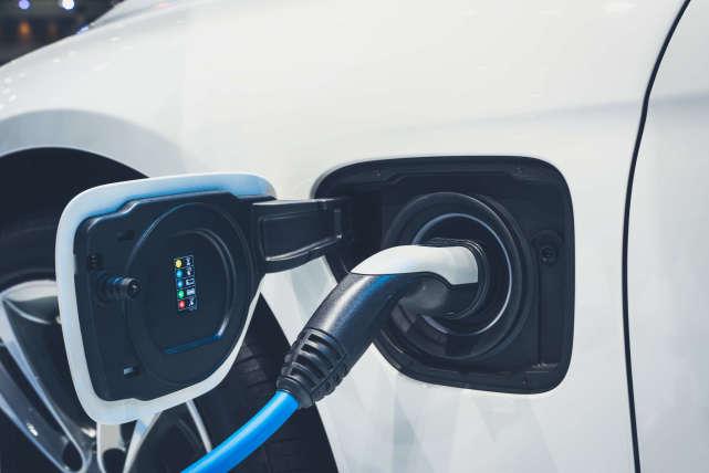 拜登要對緬甸動武?美國人開始撤離:大批俄羅斯武器將抵達緬甸