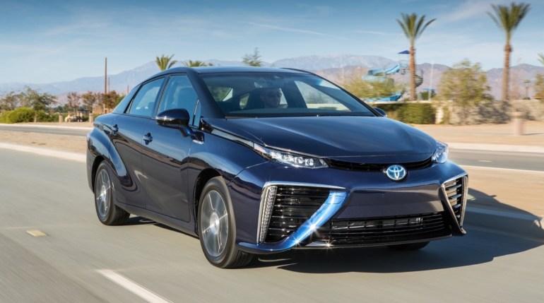 用改造火星的借口部署太空核武器,到底谁在背后操控马斯克?