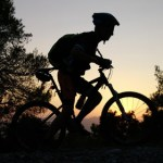 bicicleta btt posta sol dia nit