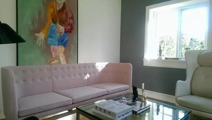 arne-jacobsen-sofa-lyseroed