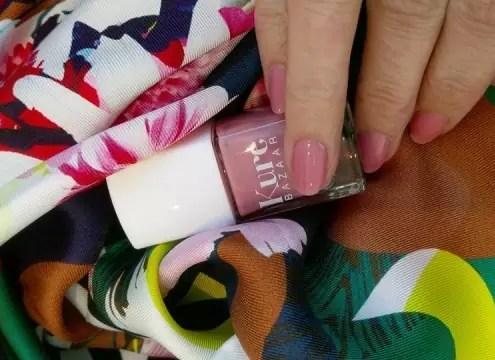 Blide neglelakker fra Kure Bazaar