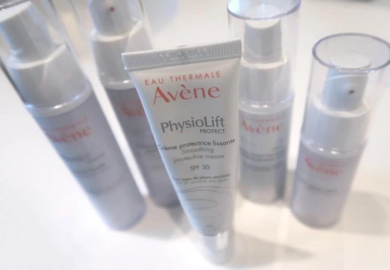 Ugens udvalgte fredagsfavorit er den opstrammende PhysioLift-serie fra det franske apotekermærke Avène, som netop er blevet udvidet med en Avene PhysioLift Protect antiage dagcreme med SPF 30