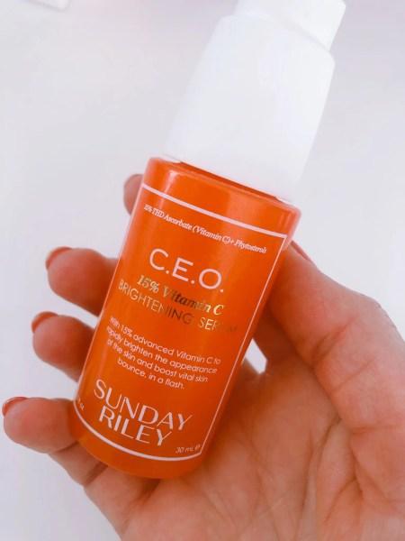Sunday Riley C.E.O Rapid Flash Serum har et ultrahøjt indhold på 15% af et stabilt C-vitamin.