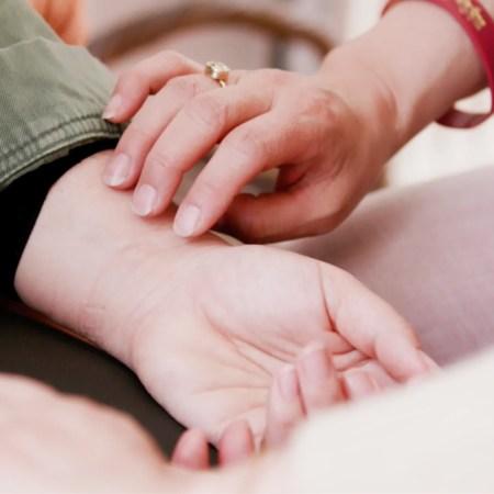 Fra pulsen, målt på forskellige punkter ved håndleddet, fås en detaljeret information om tilstanden i krop og følelser.