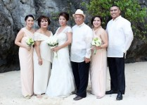Lovely family of the Bride by the limestone cliff - a feature that awes guests of Miniloc Island Resort.