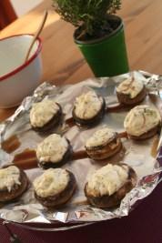 Stuffed mushrooms with ricotta