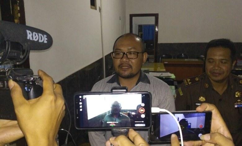 Photo of Kadispar Lombok Barat Resmi Ditetapkan Jadi Tersangka.