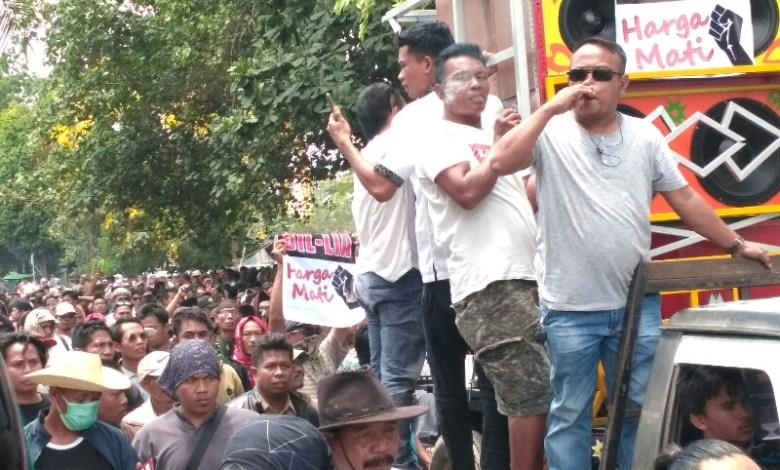 Photo of Gubernur NTB Diminta Tidak Memecah Belah Masyarakat.