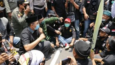 Photo of Terkait Penolakan Omnibus Law, Gubernur NTB Akan Sampaikan ke Presiden.