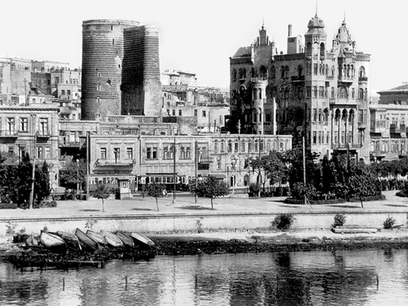 OLD_BAKU_BASHNYA_light.jpg