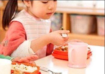 Tips Agar Anak Mau Makan Bekal Sekolah Yang Dibawanya