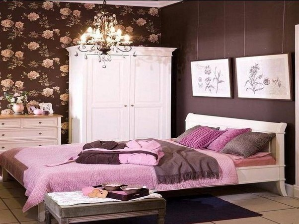 What Are Pink And Brown Bedroom Ideas?