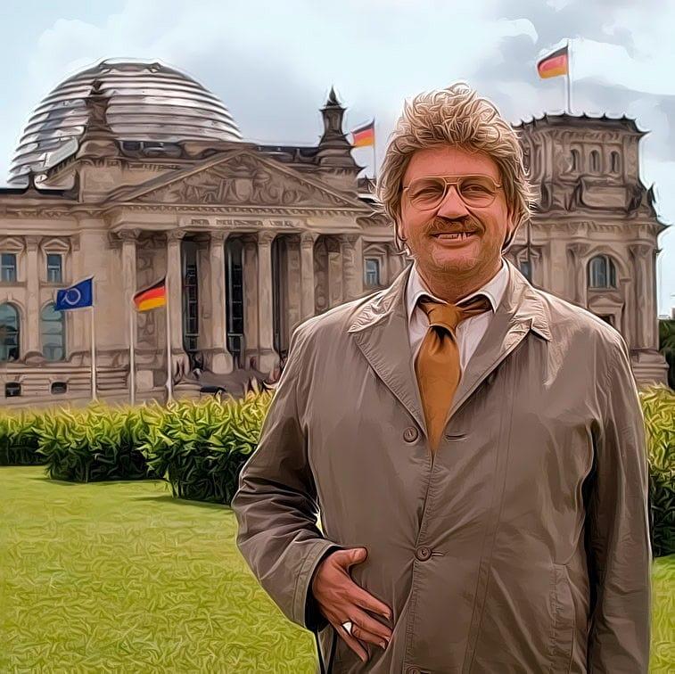 Horst Schlaemmer in Kanzlerpose vor dem deutschen Reichstag isch kandidiere