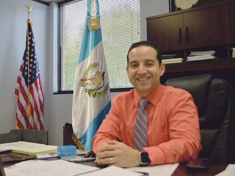 El Cónsul Jorge Archila Ruiz ha realizado un trabajo de integrar a los guatemaltecos de Las Carolinas.