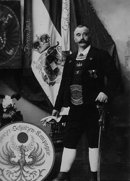 Johann Pfund, Komm. 1.SSK