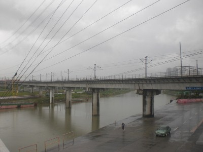 Gloomy day at Marikina riverbanks