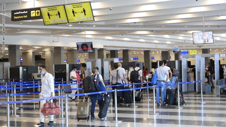 صورة انخفاض عدد السياح بما يصل إلى 80.5٪.. كيف أثر كورونا على قطاع السفر العربي؟