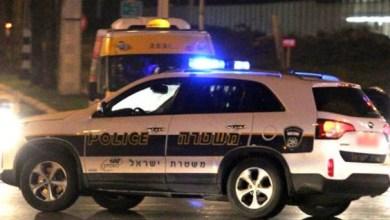 صورة الشرطة تلقي القبض على مشتبهين لضلوعهما بجريمة القتل الثلاثية في باقة الغربية والطريق رقم 9 يوم 18.12.2020