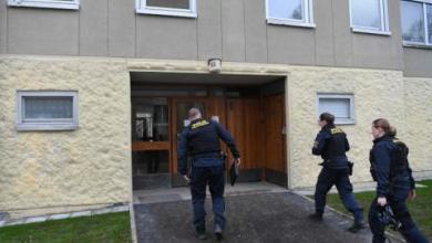 صورة سبعينية تحتجز ابنها في شقة لمدة 30 عاماً في السويد