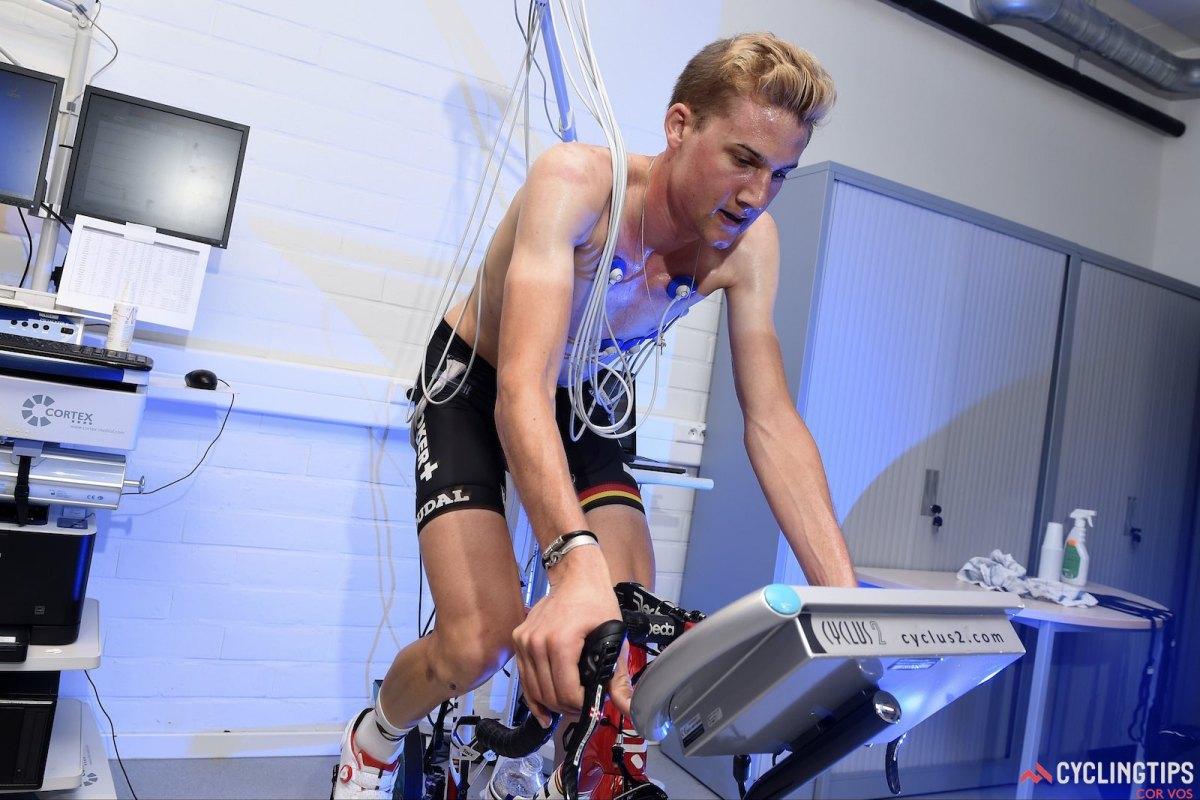 Tecnologías para prevención y atención de fallas cardíacas para deportistas