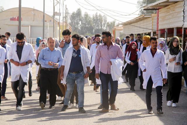 كلية الطب البيطري /جامعة القادسية تقيم سفرة علمية لطلبة المرحلة الثانية إلى كلية الزراعة