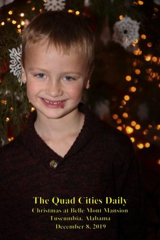Christmas at Bellmont Plantation_120819_9223