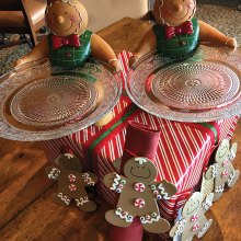 These gingerbread men will be raffled at the December 11 holiday luncheon; photo by Diane Quinn