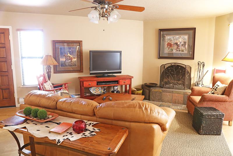 living room_2 174-176