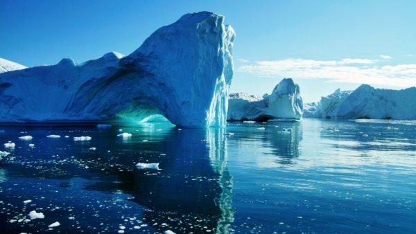Selain itu, air garam diencerkan dengan gletser lebur