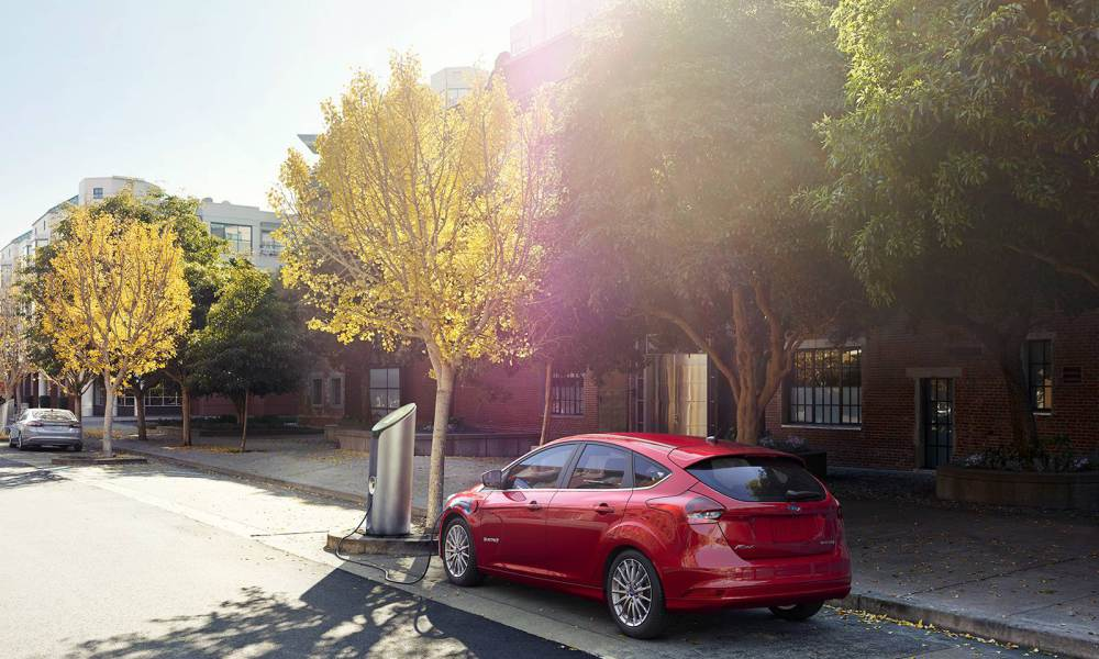 Interest.com Names Ford Focus A Top Commuting Car for 2014
