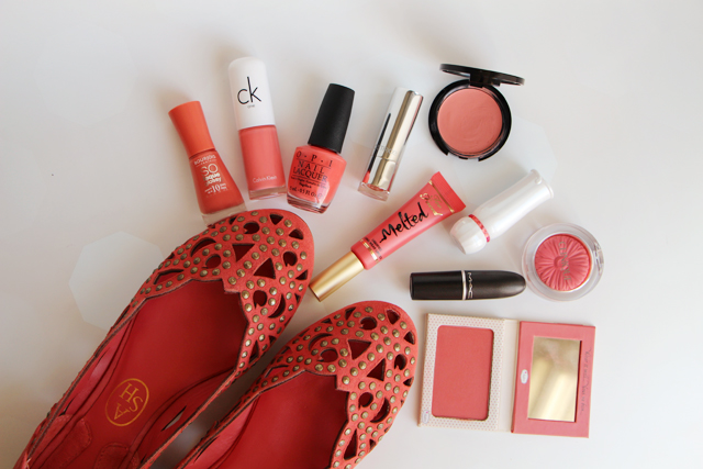 Lodoesmakeup coral color