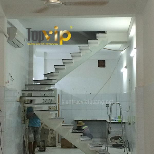 Sửa lại cầu thang căn nhà do Việt Quang thực hiện