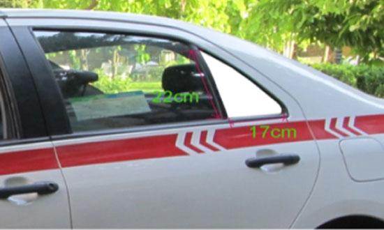 quang-cao-tren-taxi-group-04