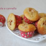 Piccoli Muffin di mele e cannella