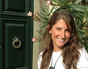 freelance writer Kat Jahnigen headshot