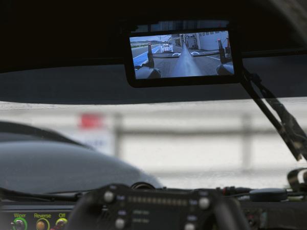 S7-24-Heures-du-Mans-Un-retroviseur-digital-pour-Audi-78715