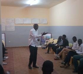 «Regards croisés des jeunes femmes et jeunes hommes des banlieues à Pikine et à Tambacounda «