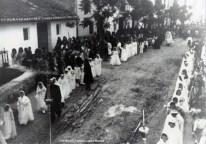 Carrer de Les Monges, hui carrer Pizarro i durant la guerra civil Avinguda Rússia. [Col·lecció Família López Monzó]