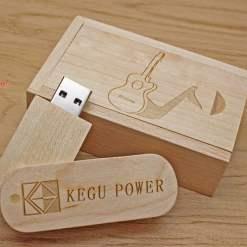 USB qua tang USB gia re Mau 05 03