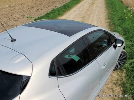 Renault Clio Initiale (27)