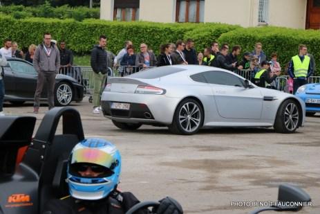Rassemblement Neckbreakers Béthune - Aston Martin V12 Vantage (6)