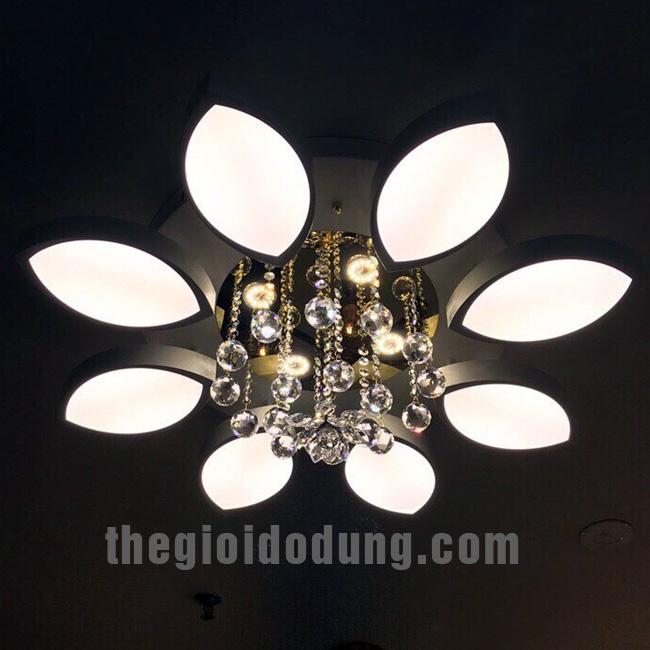 Đèn LED ốp trần trang trí A6 8 lá
