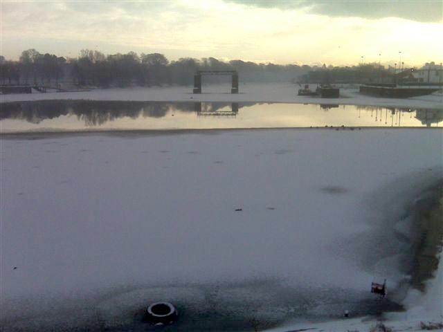 20100127 Frozen Lagan 01