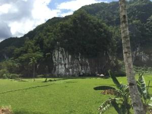 PuertoPrincesa.com – Karst Mountain. Photography by EM@QUE.COM