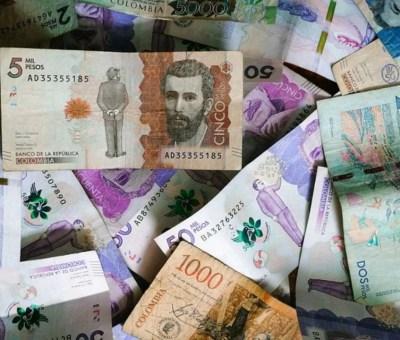 ahorrar en dólares en Colombia